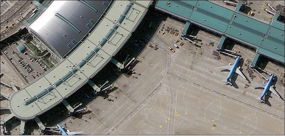 10. Терминалы аэропорта Сеула, Южная Корея.