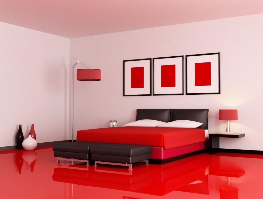Нужно настоящее мужество, чтобы внести вспальню нотку красного сумасшествия или покрасить всю кварт