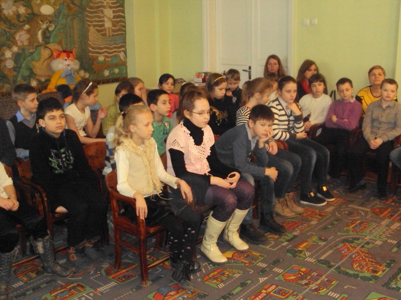 день театра, год чтения, донецкая республиканская библиотека для детей
