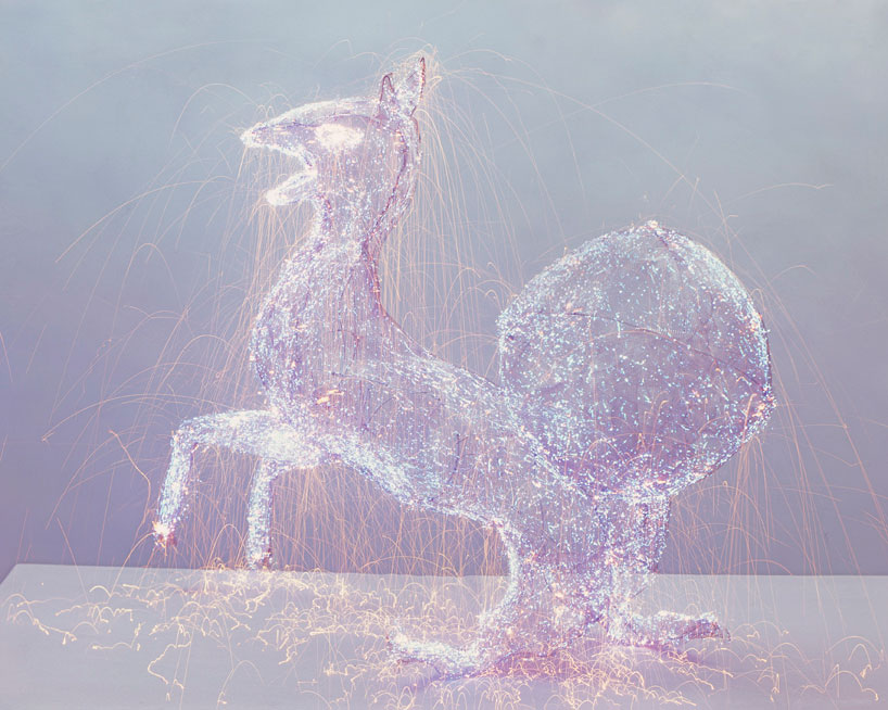 Light Sculptures by Qiu Minye