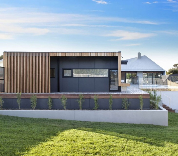 Sorrento House 1, the latest coastal project from Vibe Design Group, is the Australian Beach house r