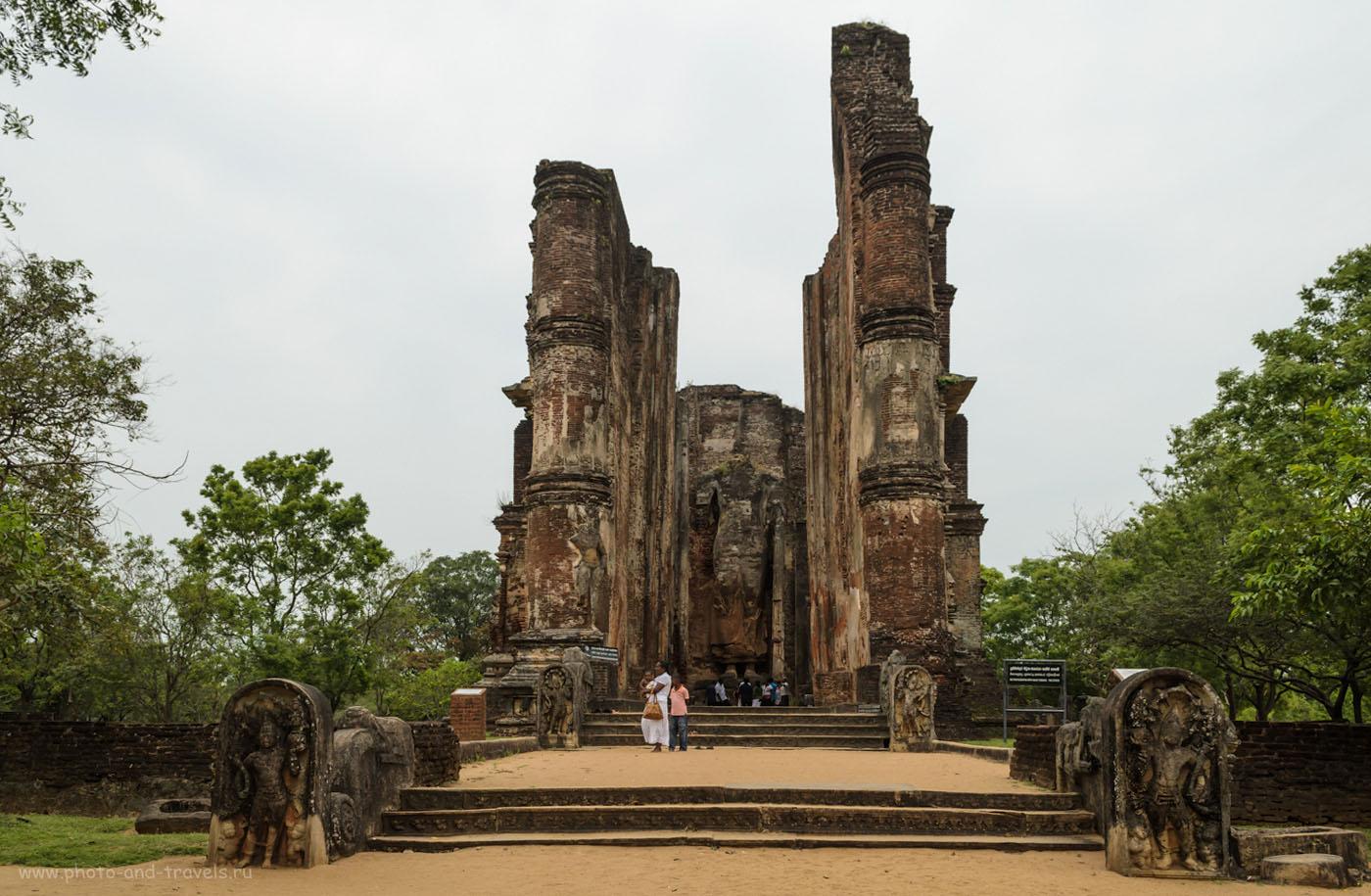 Фотография 11. Lankathilaka Image House в археологическом комплексе Polonnaruwa. Отзыв об отдыхе на Шри-Ланке в мае 2013. Куда поехать на экскурсию?