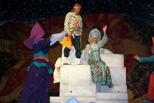 Детская сказка на сцене Омского Музыкального театра.