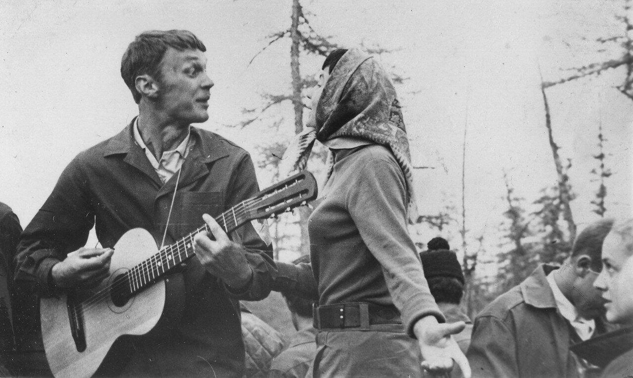 1969. Миша Гордиенко зажигает на Полярном круге. Якутия