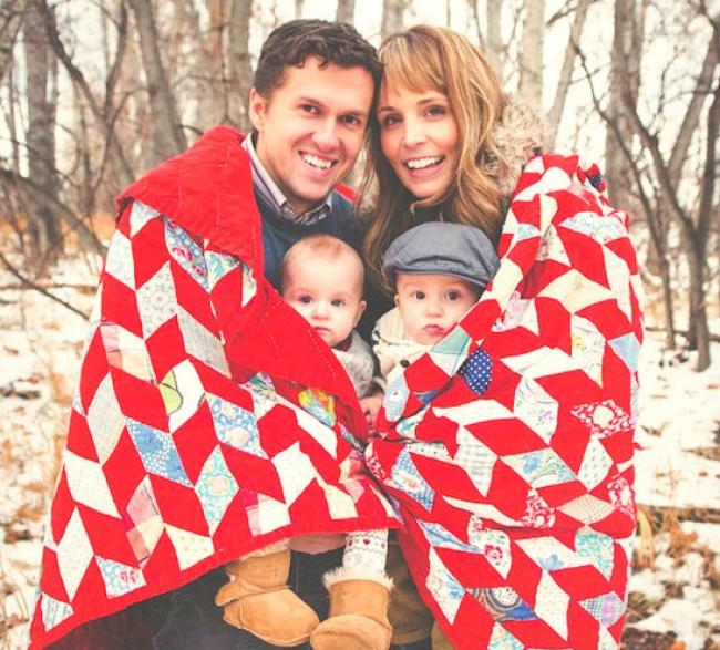 Семейное фото можно также поставить под лозунгом «Согрей меня». Яркий плед или одеяло— ифото получ