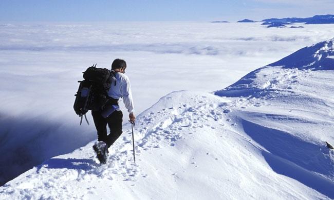 Чтобы ощутить всю магию гор, совсем необязательно быть горнолыжником или бородатым туристом сгиган