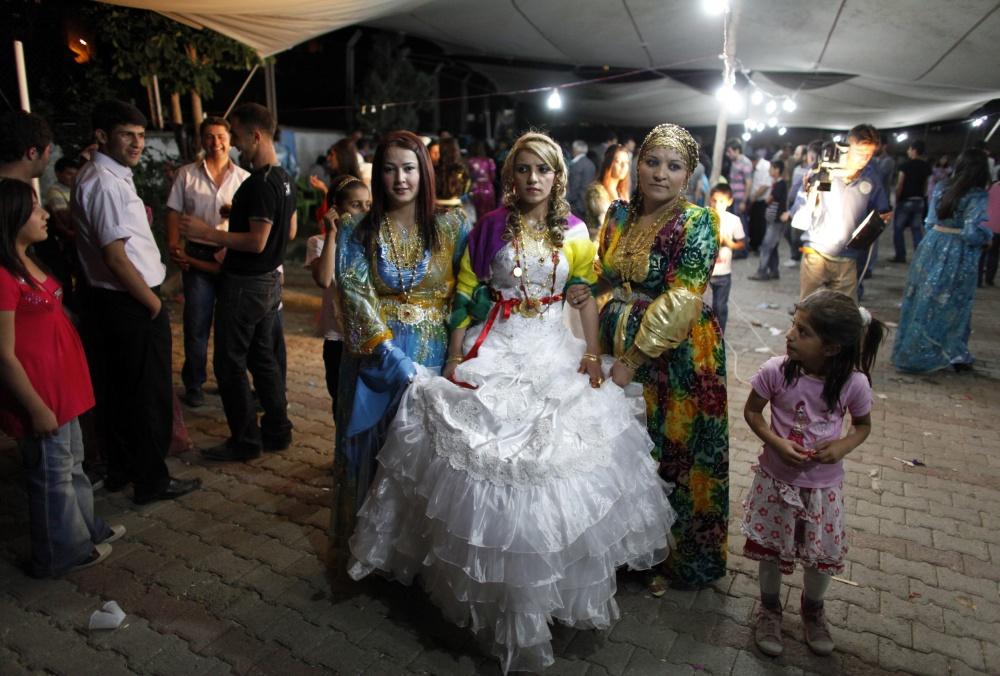 традиционные-свадебные-платья-фото2.jpg