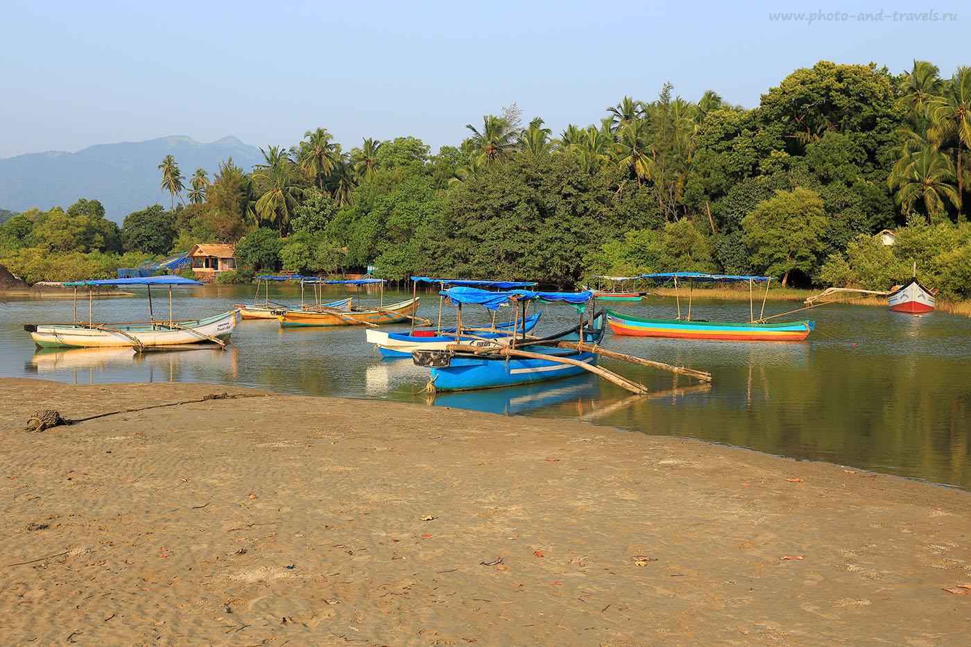 Фото 14. Лодки. Отчеты туристов про отдых на пляже Палолем в Южном Гоа. Поездка в Индию самостоятельно (24-70, 1/125, 0eV, f9, 44mm, ISO 100)