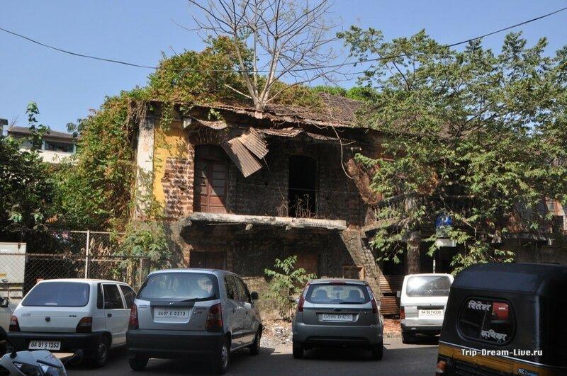 Португальские домики в Пананджи постепенно приходят в упадок