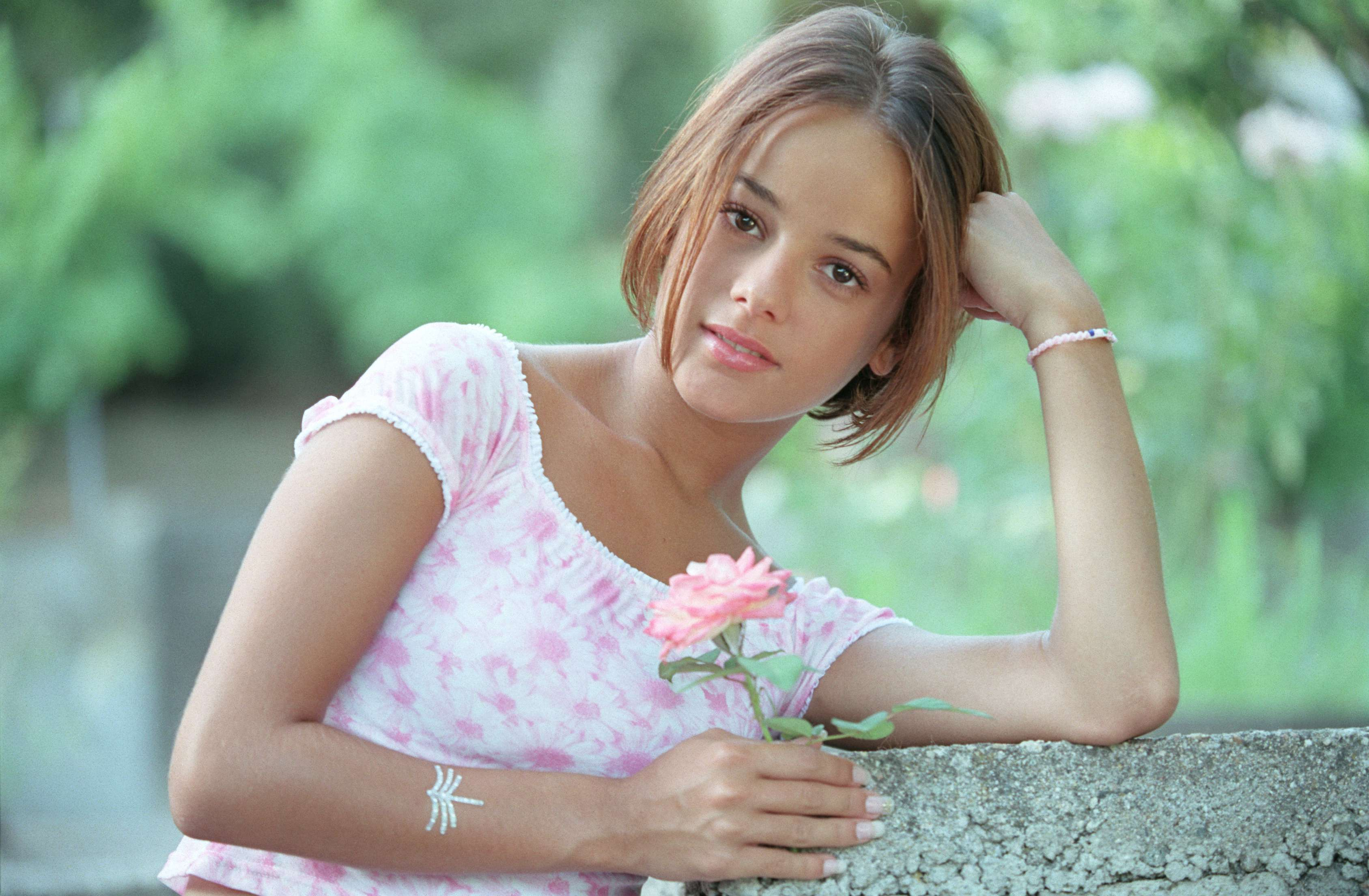 Фото юной девочки 20 фотография