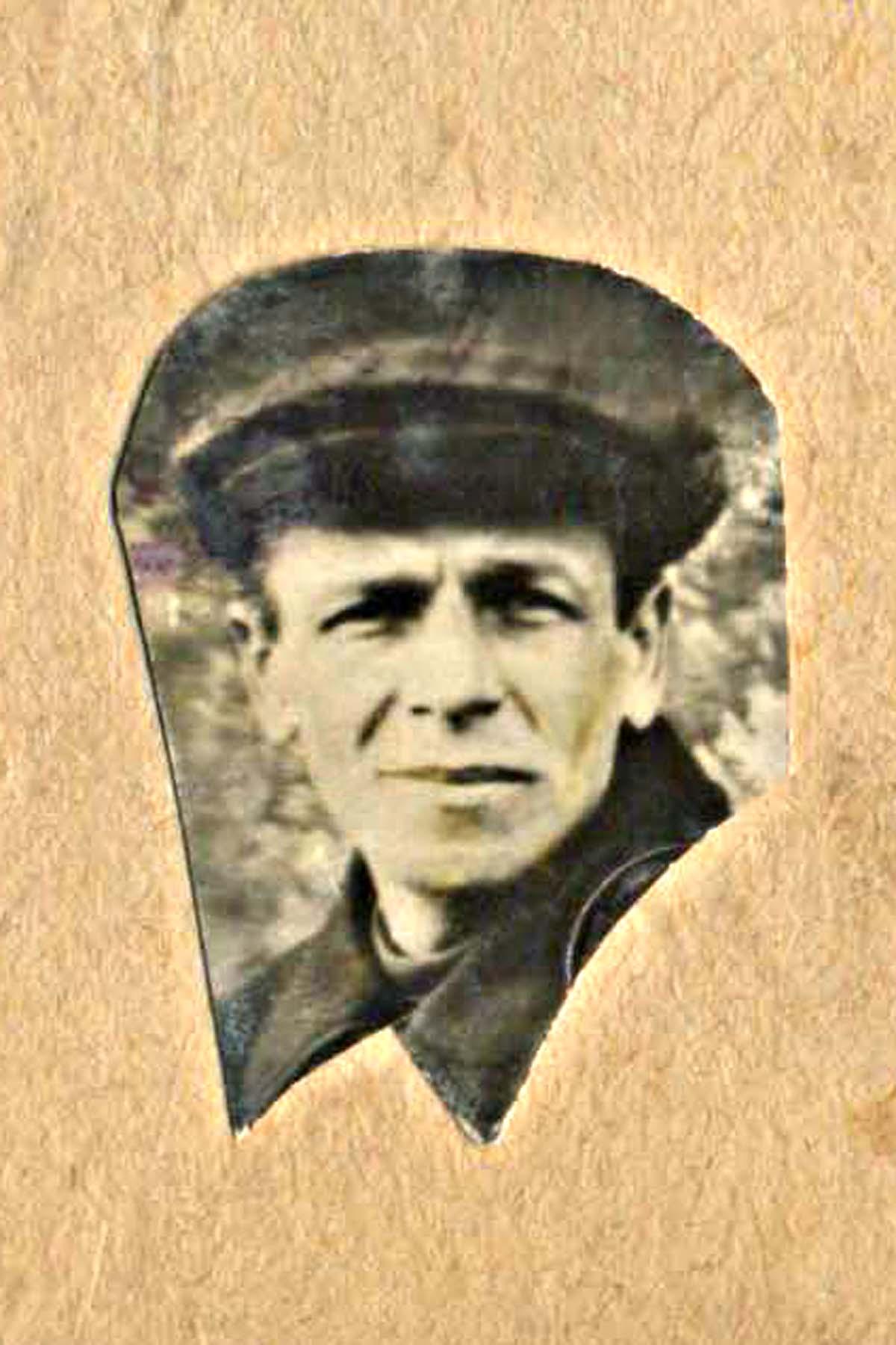 31. Яна арестовали 4 декабря 1937 года
