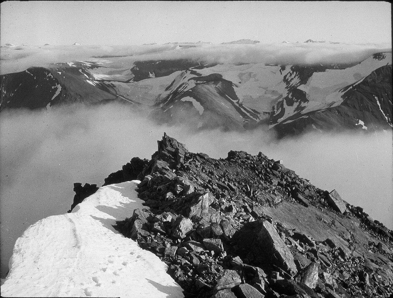 1937. Новая Земля. Пик Хофера (900 м)