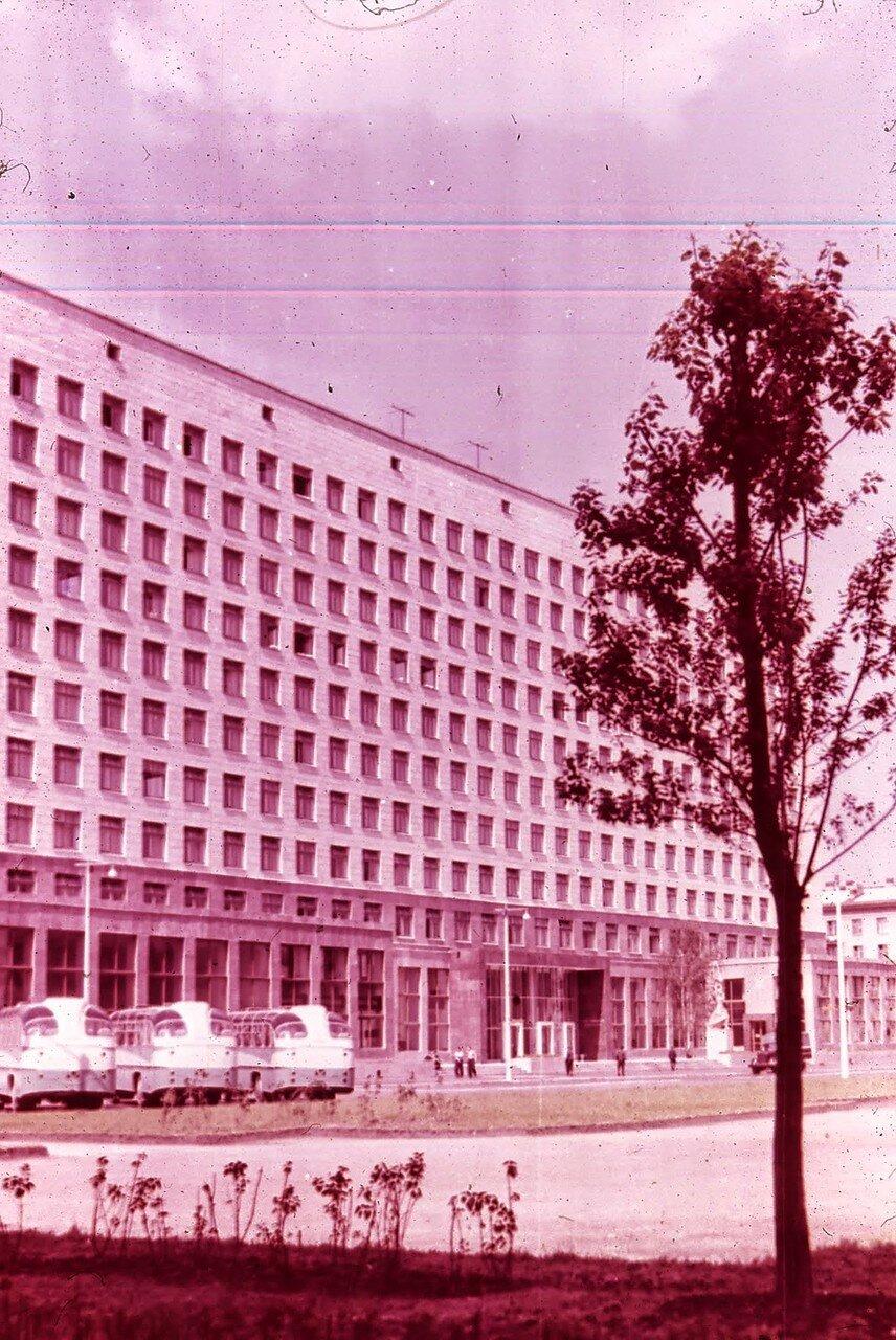 Ленинград. Гостиница «Россия»