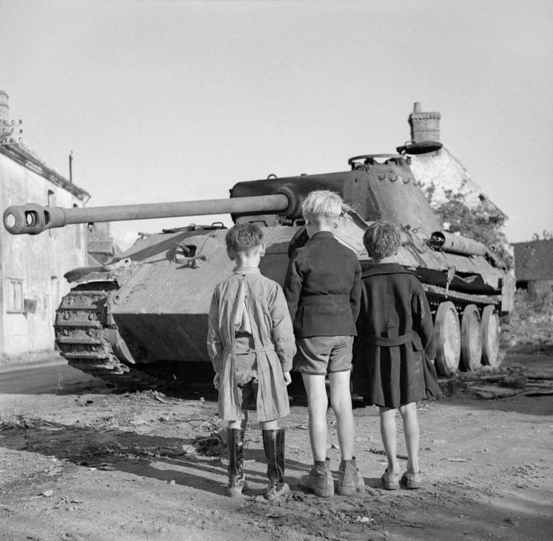 Подбитый танк Pz.V Ausf.A