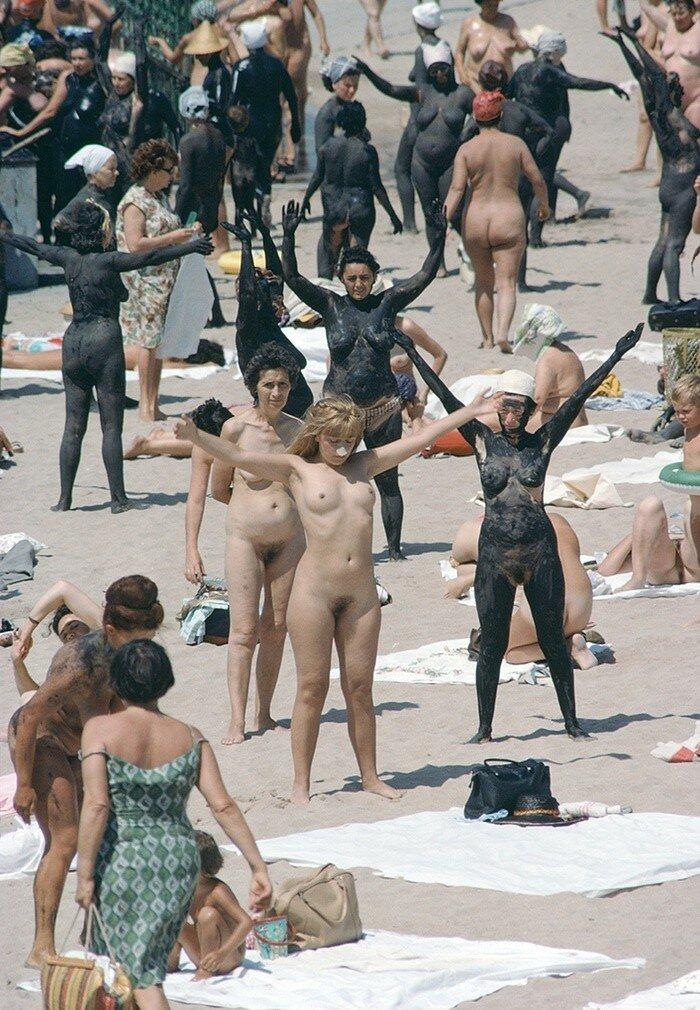 1968 Romania Tourists at the mud baths.jpeg