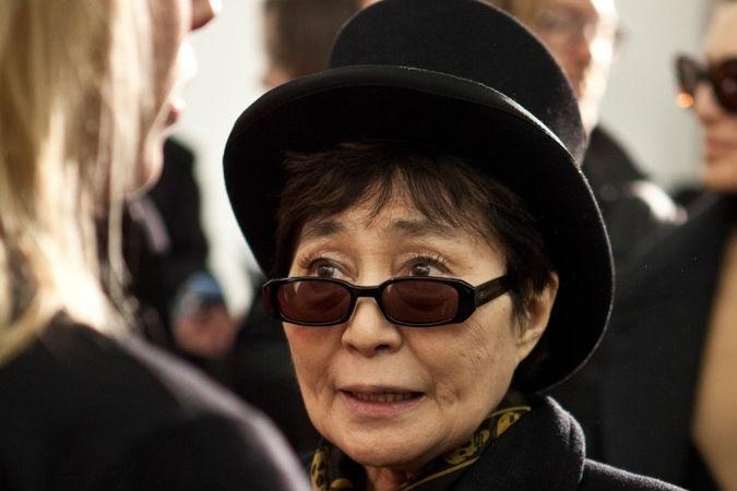 Йоко Оно выписалась из клиники