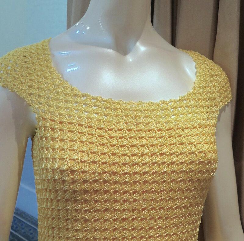 get_inspired-giovana_dias-crochet-decote-amarela.jpg