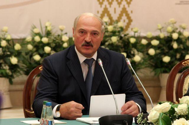 Кремль прокомментировал снятие санкцийЕС сЛукашенко