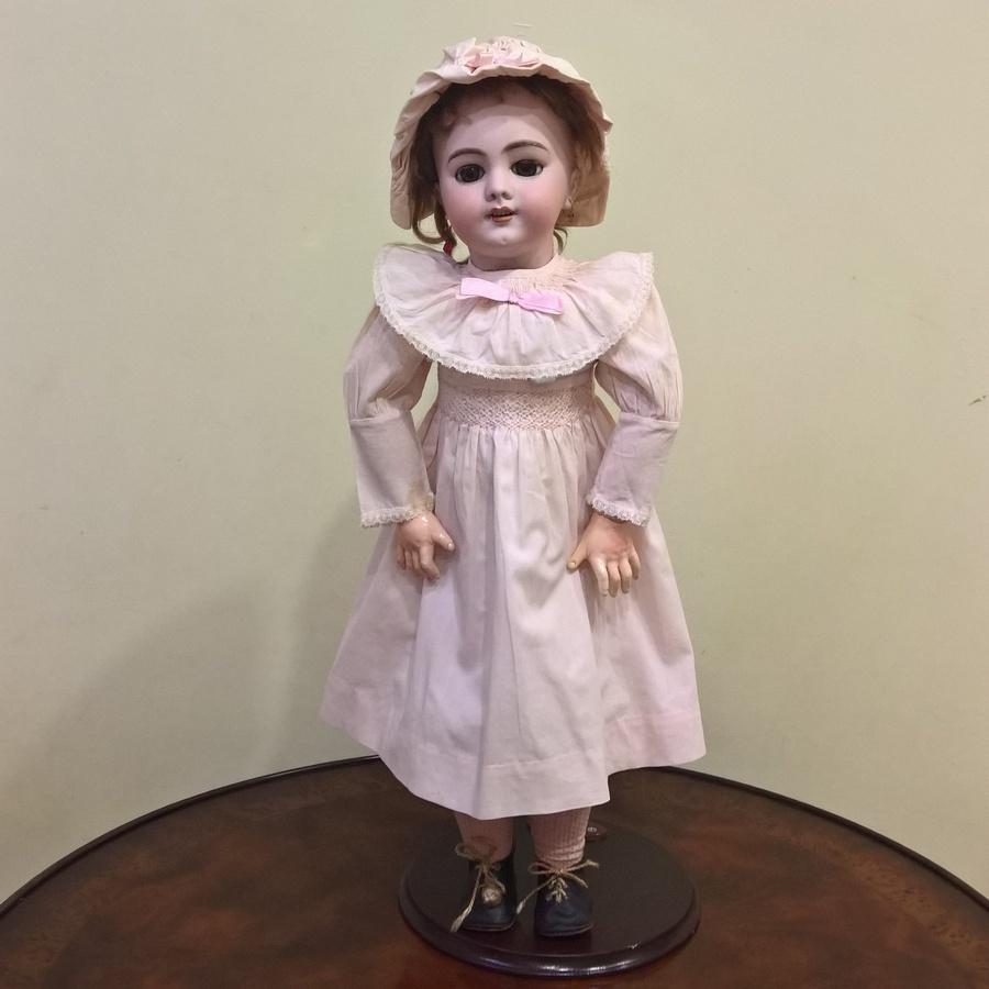 Антикварная французская кукла DEP от компании Jumeau (период вступления в SFBJ)