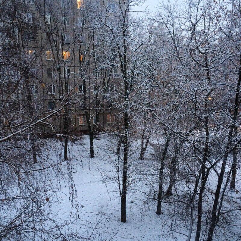 Снег выпал, но не сразу