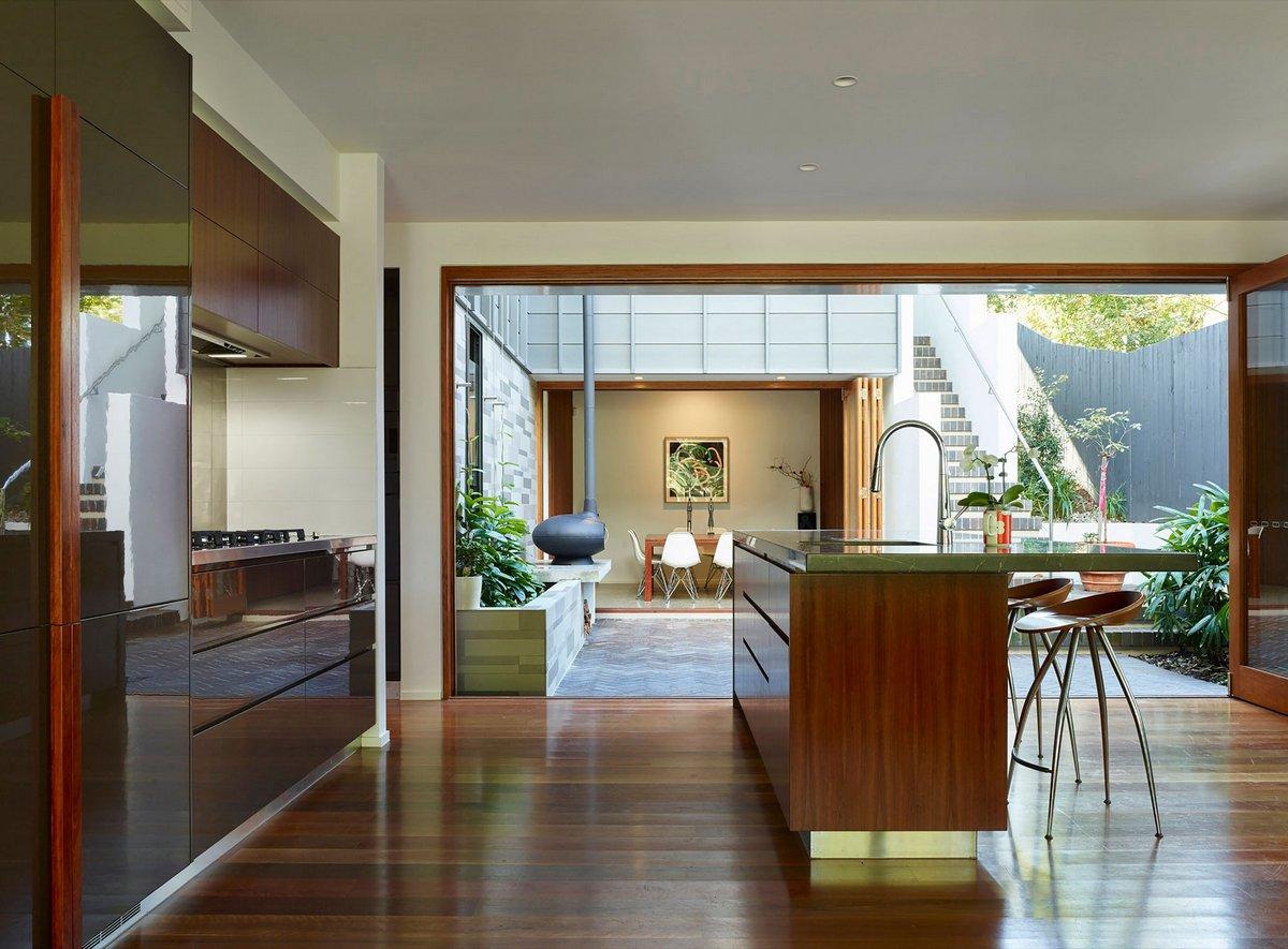 Частный дом Fifth Avenue, O'Neill Architecture, бассейн в частном доме фото, частный дом для большой семьи фото, биокамин в интерьере, план дома фото