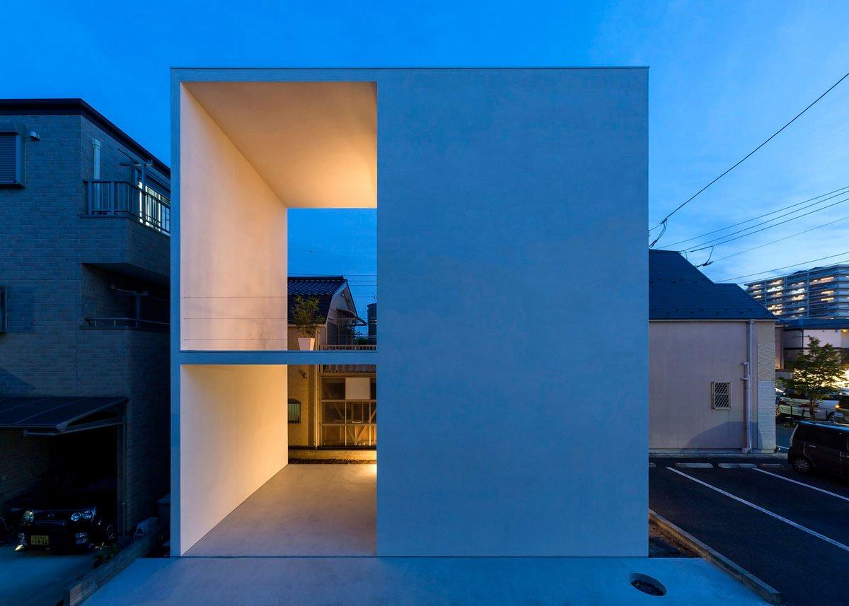Little House with a Big Terrace, Takuro Yamamoto, дом с большой террасой, необычные балконы в частных домах, интересный балкон в частно доме фото