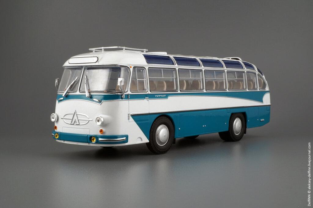 ЛАЗ-697Е-100.jpg
