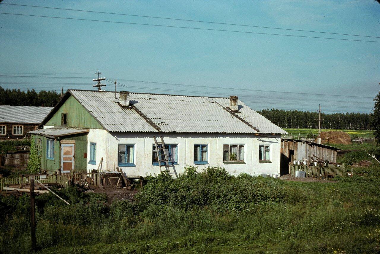 Типичный дом в окрестностях Омска