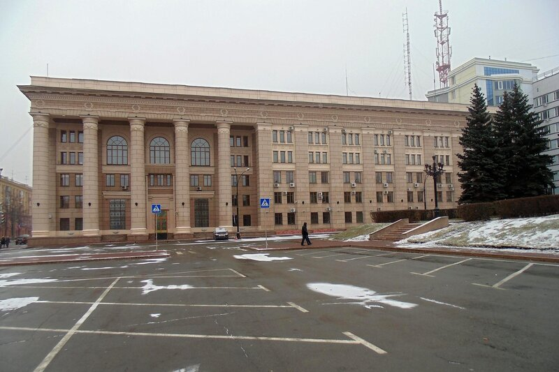 Площадь Революции, 5