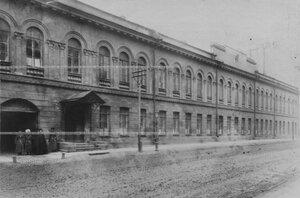 Здание казармы конвоя  на Шпалерной улице, д.27.
