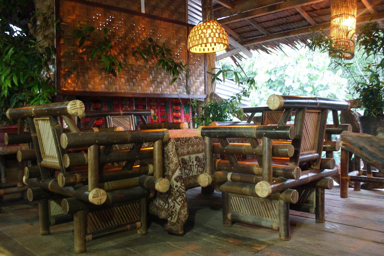Где поесть в Букит Лаванге