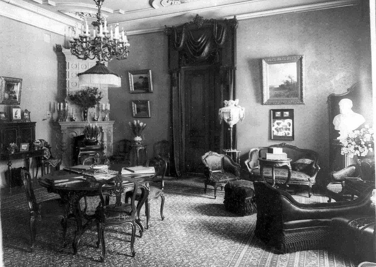 17. Малая гостиная в особняке И.Д.Бонштедта
