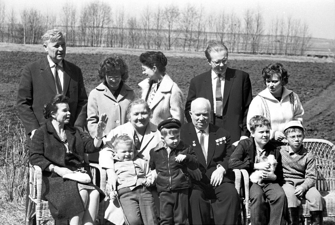 Семья Хрущева
