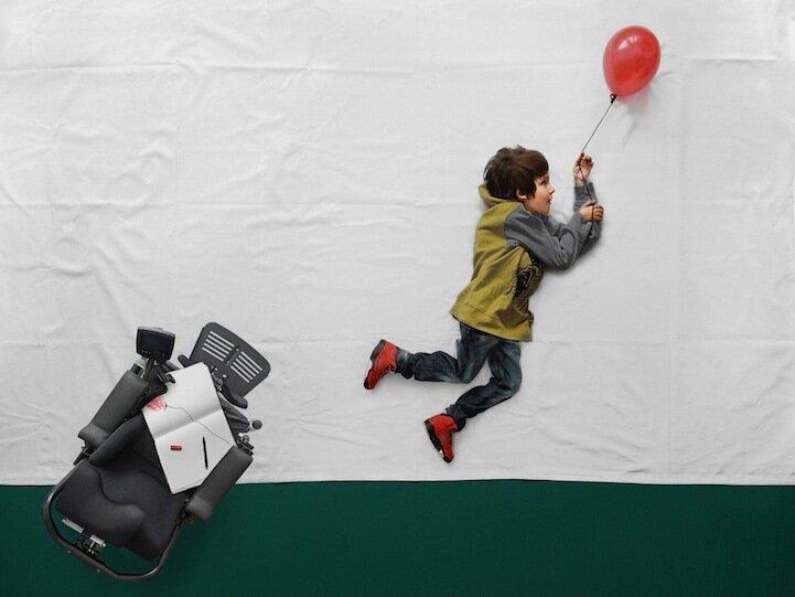 Фотографии воплотили в жизнь мечты мальчика с мышечной дистрофией