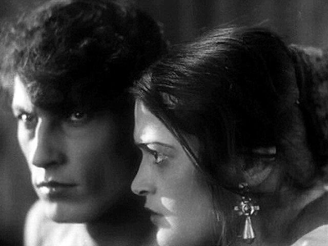 "Аксинья - Э.Цесарская, Григорий - А.Абрикосов. ""Тихий Дон"", 1930 год."
