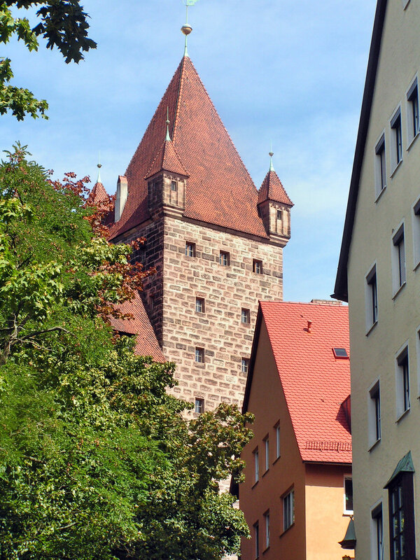 башня Лугинсланд