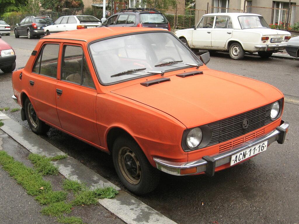 196 Škoda 105.jpg