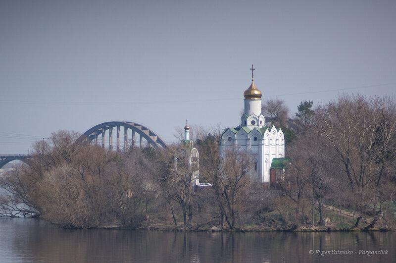 Церковь на Комсомольском острове