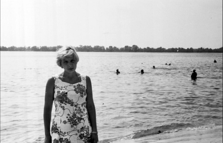 56. Николаев. На пляже