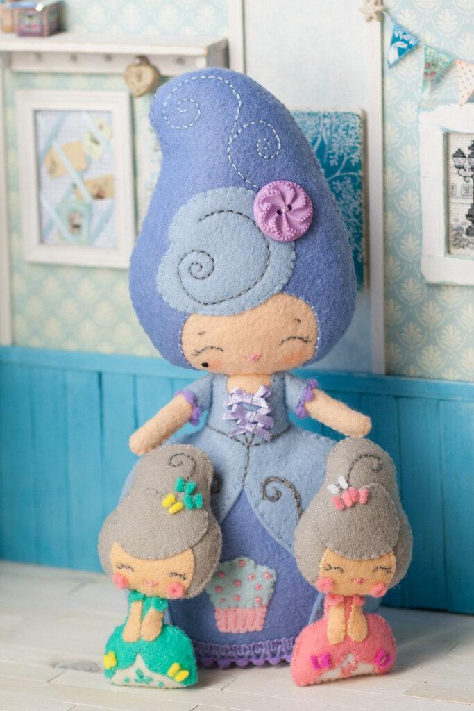 Как сшить куклу из фетра своими руками