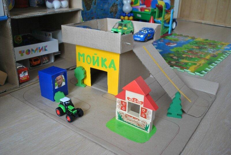 Детский гараж парковка для машинок своими руками 95