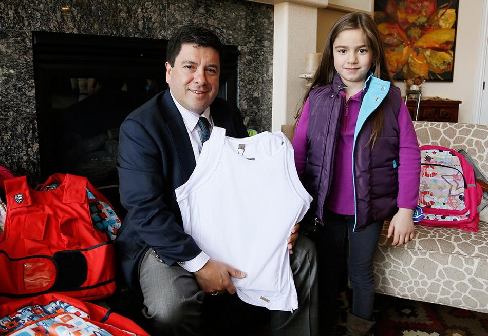Американская компания начала производить пуленепробиваемую детскую одежду
