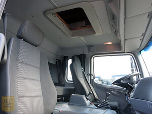 салон фургона атего