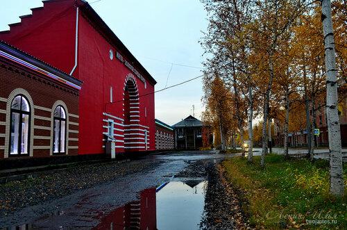 Фото города Инта №8136  Кирова 26 и 24 08.09.2015_17:17