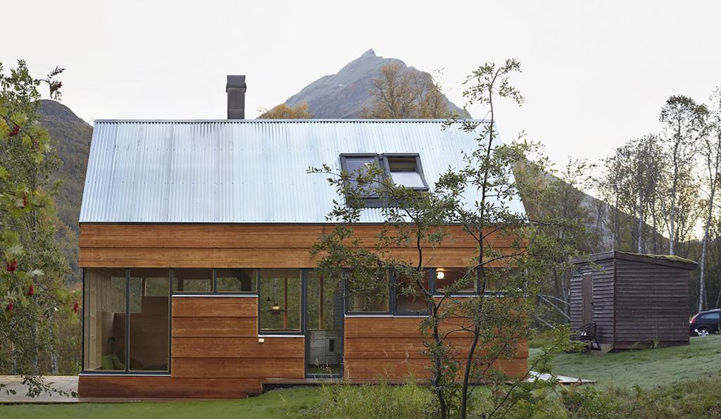 Cabin-Laksvatn-Hamran-Johansen-Arkitekter-13.jpg