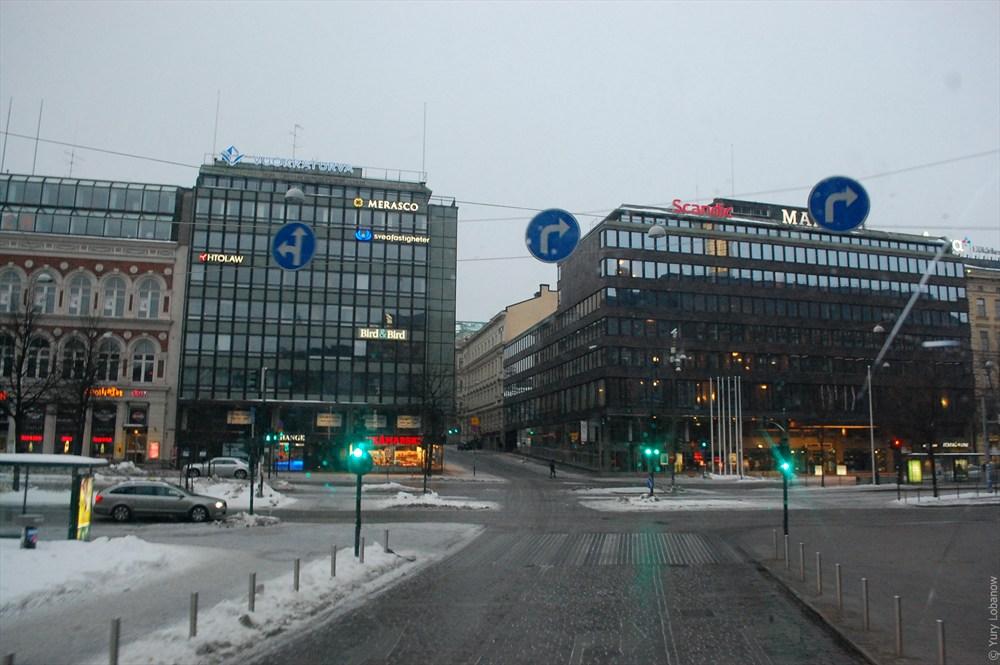 Хельсинки Реклама на фасадах