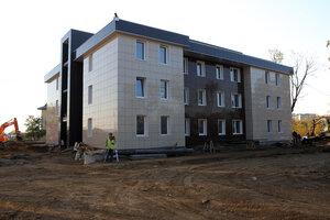 Во Владивостоке завершается строительство трёх многоквартирных домов для переселения людей из аварийного жилья