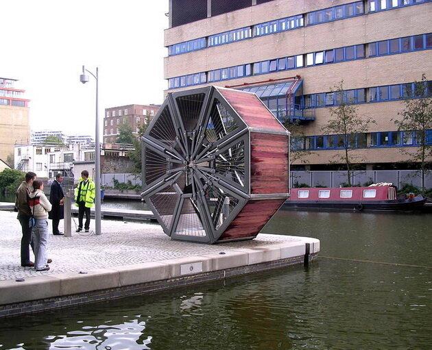 Rolling Bridge. Лондон