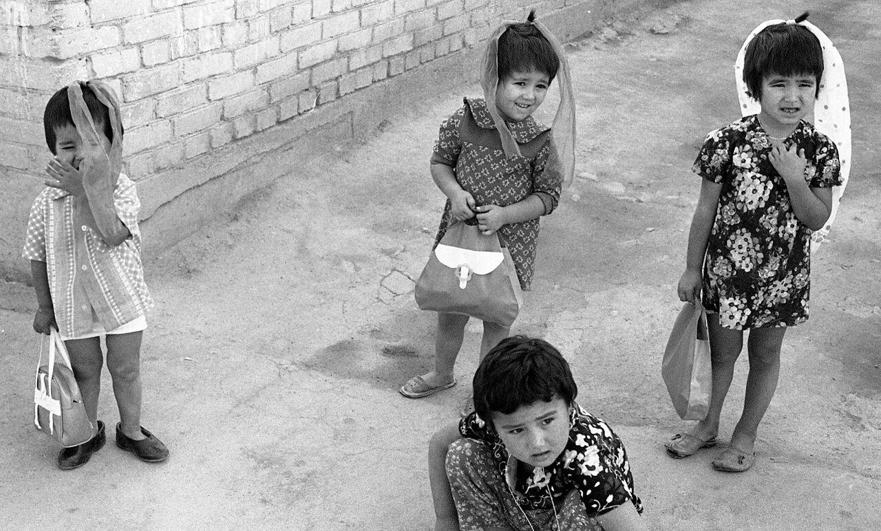 Дети в Самарканде
