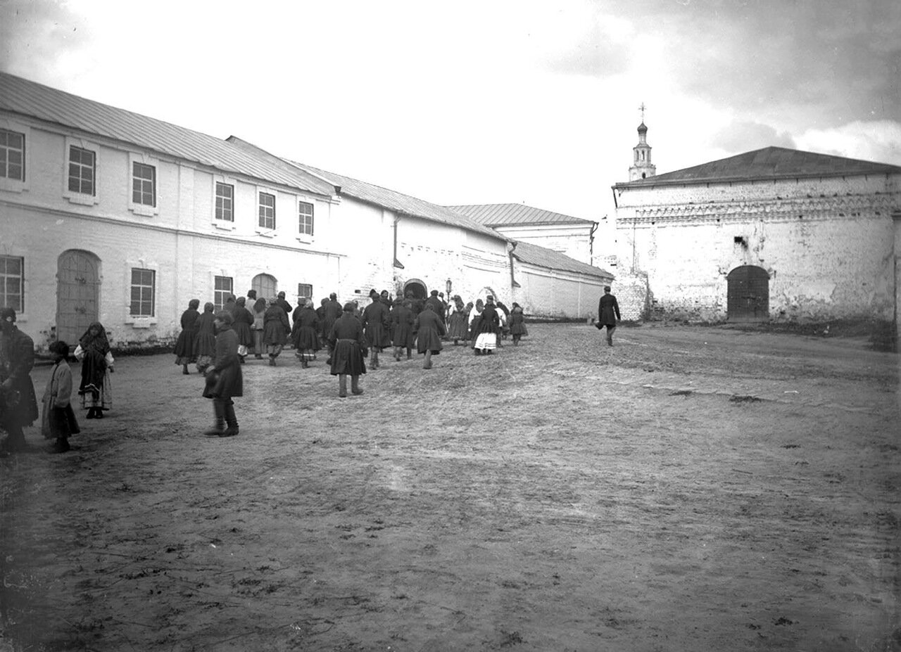 Шествие за иконой Николая Чудотворца. 1894 г. г. Чебоксары.